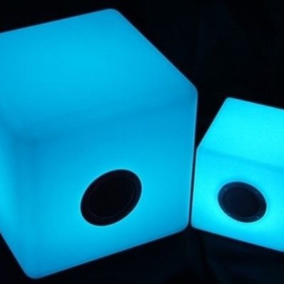 cubo-altavoz-led