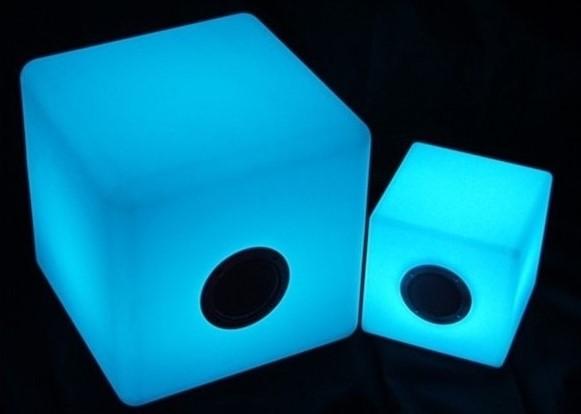cubo-altavoz-led