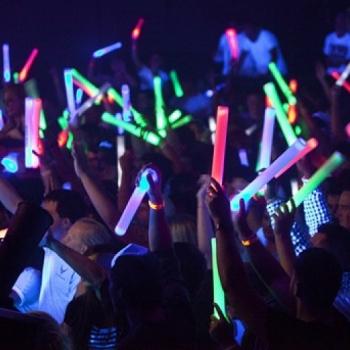 merchandising-luminoso-empresas-marketing-original-impacto-publicidad-led-conciertos-festivales-fiestas